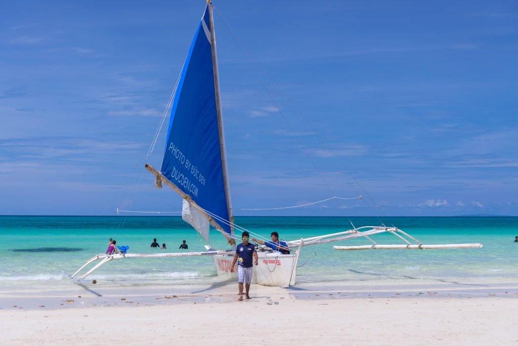 Nhưng tháng 9 thì hên xui có thể gặp mưa - Kinh nghiệm du lịch Boracay của Đức Đen