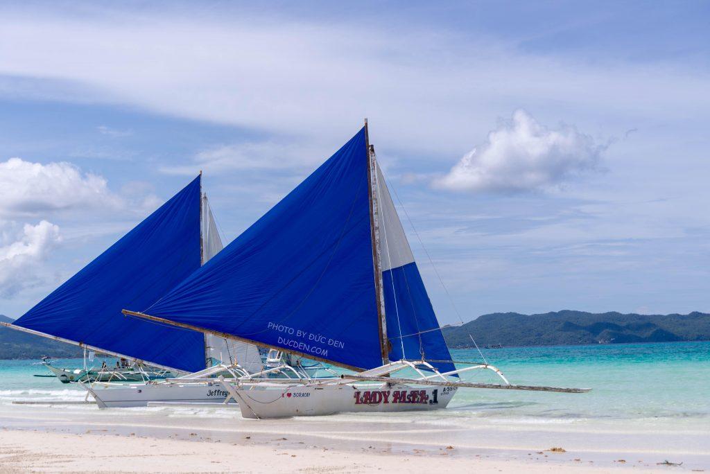 Thuyền buồm đặc trưng của Boracay - Kinh nghiệm du lịch Boracay của Đức Đen