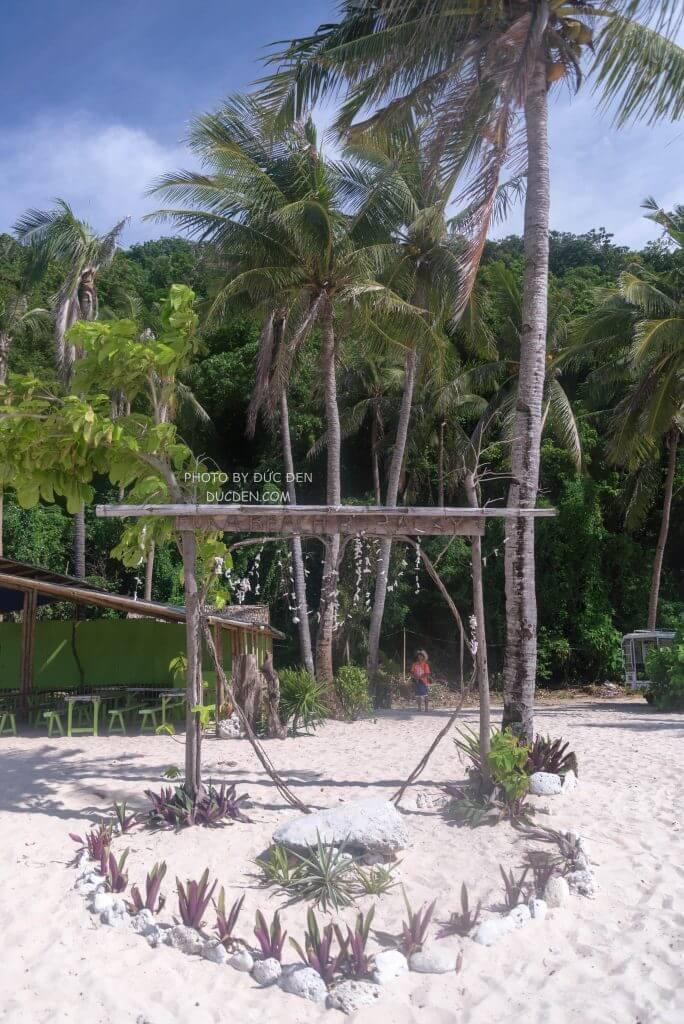 Một góc nhỏ bờ biển Puka - Kinh nghiệm du lịch Boracay của Đức Đen