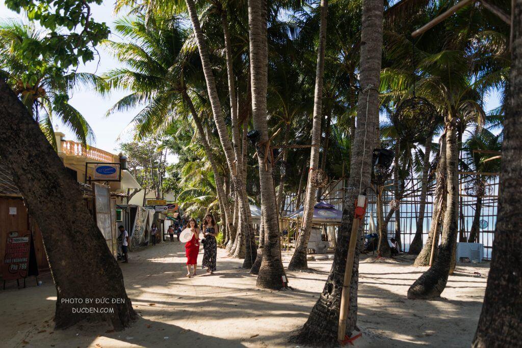 Đi dạo sáng sớm trên bờ biển - Kinh nghiệm du lịch Boracay của Đức Đen