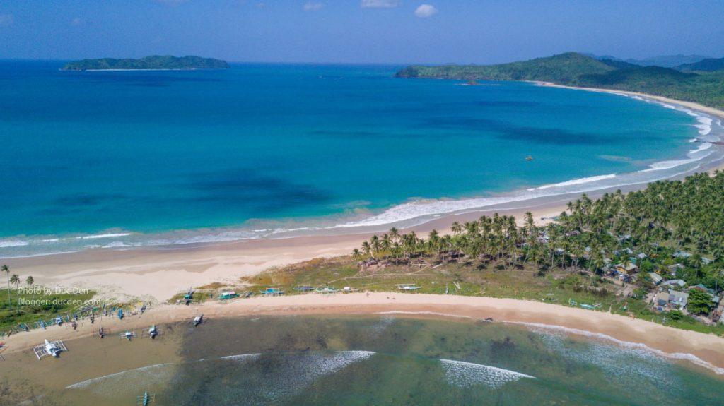 Twins Beach cạnh bãi Nacpan - Khu này đã được Resort nào đó mua lại nên không được tự ý đi vào