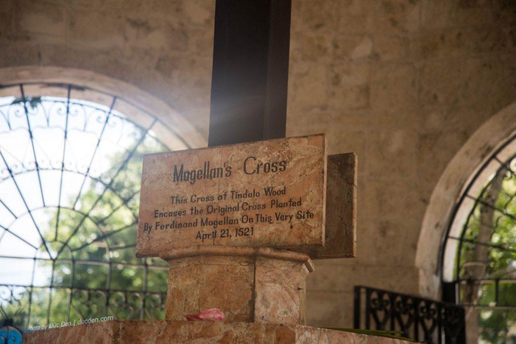 Thánh giá Magellan - cây thánh giá nguyên bản đóng bởi Ferdinand Magellan năm 1521.