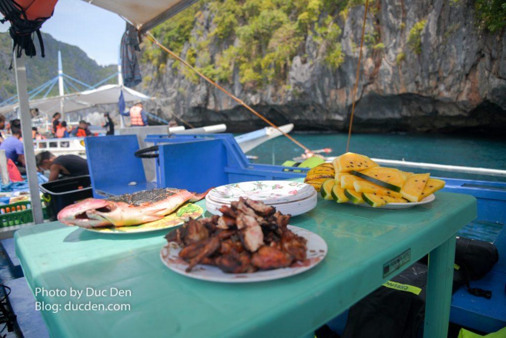 Bữa trưa có: Gà nướng, cá và dưa hấu | Ẩm thực El Nido