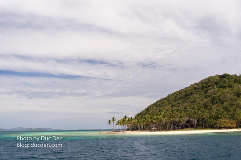 Đâu đó một hòn đảo hoang vắng trên đường từ El Nido sang Coron