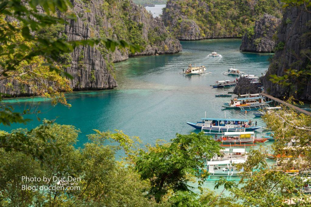 Còn đây là bến đậu tàu vào hồ Kayangan