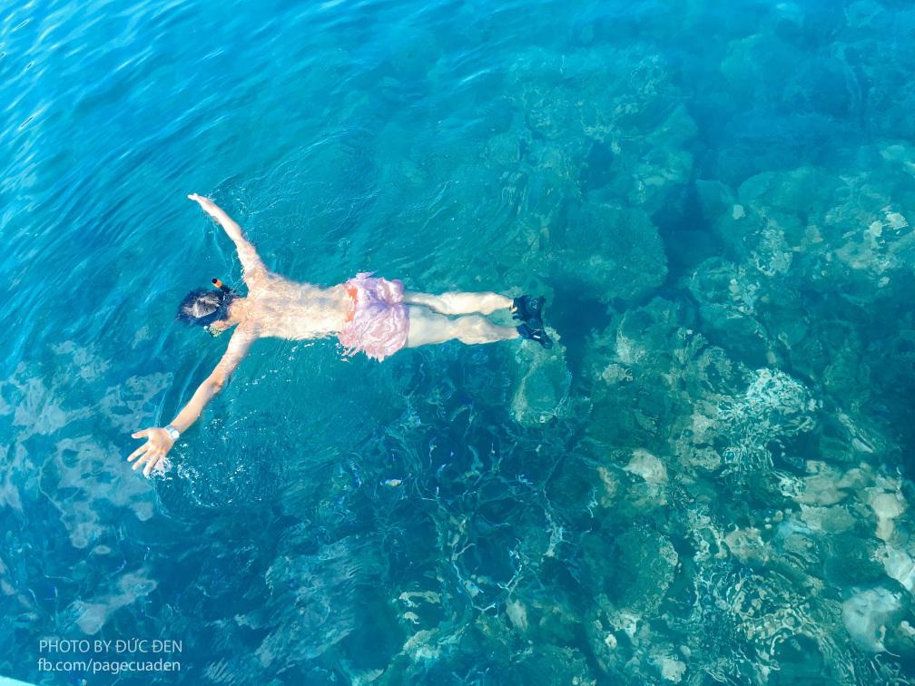 Hãy cho tôi bộ kính lặn, tôi có thể snorkeling cả ngày cũng được!! - Du lịch Coron