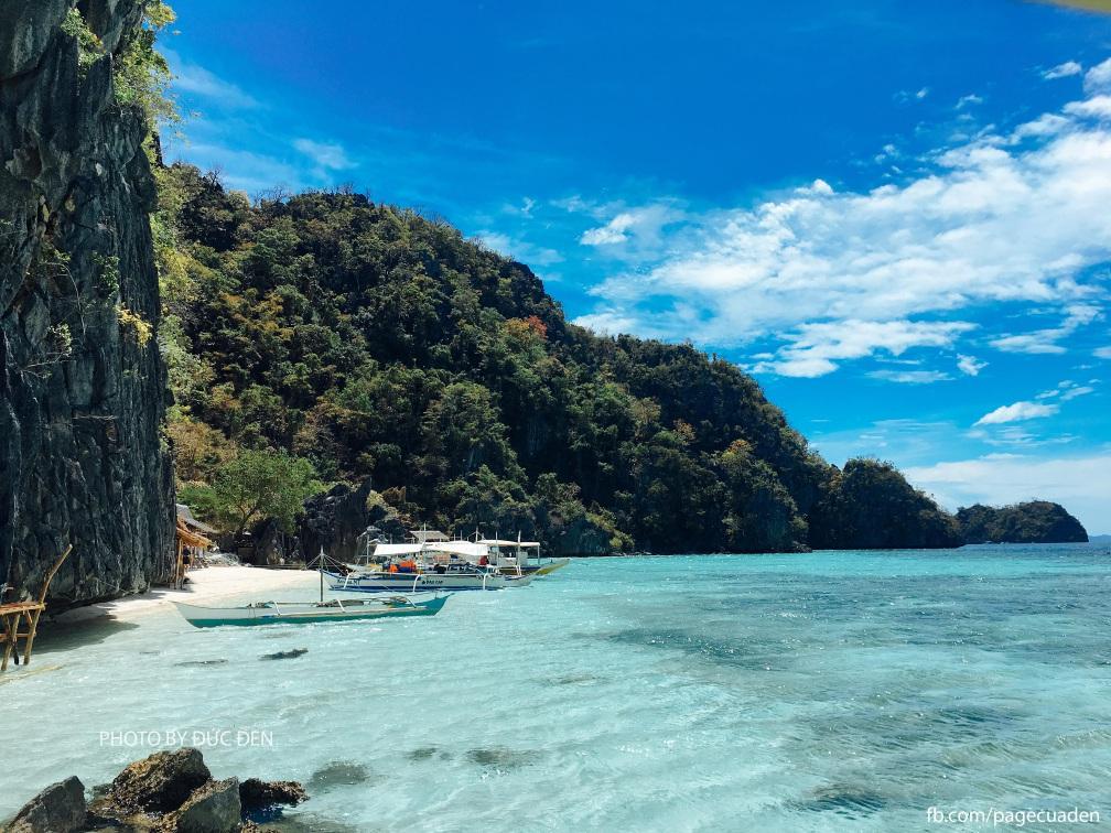 View từ Banol Beach: Nơi tàu dừng lại nghỉ ăn trưa trong tour island hopping - Du lịch Coron