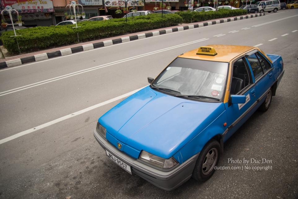 Taxi ở Cameron Highland trông hoài cổ lém nè