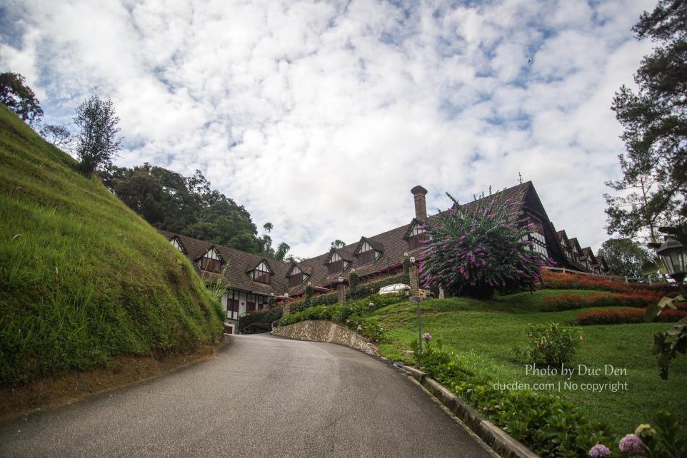 Lối vào một resort rất đẹp ở Cameron Highlands   Du lịch Cameron Highlands