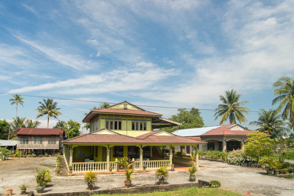 Nhà cửa ngoại ô nhà nào cũng rộng rãi như này thích vãi - Du lịch Langkawi