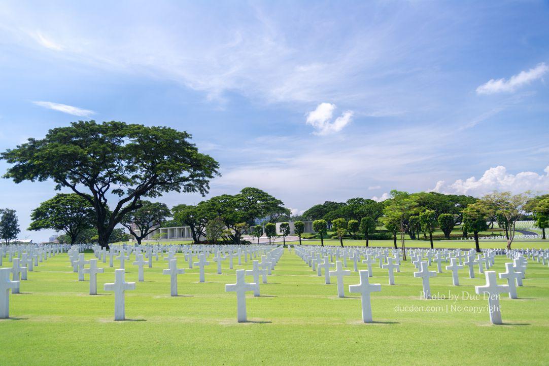 Các ngôi mộ lính Mỹ được sắp xếp ngăn nắp, cực kì đẹp | Du lịch Manila
