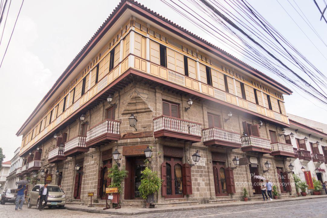 Kiến trúc phố cổ Manila đậm nét Tây Ban Nha | Du lịch Manila