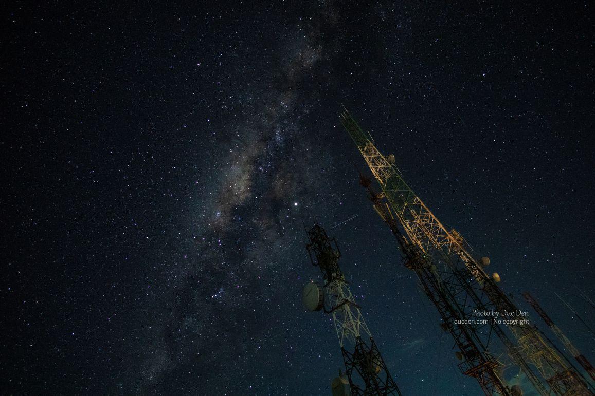 Đây là điểm lý tưởng để chụp dải ngân hà khi mà thậm chí có thể thấy bằng mắt thường