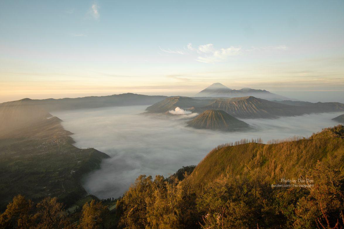 Khám phá núi lửa Bromo