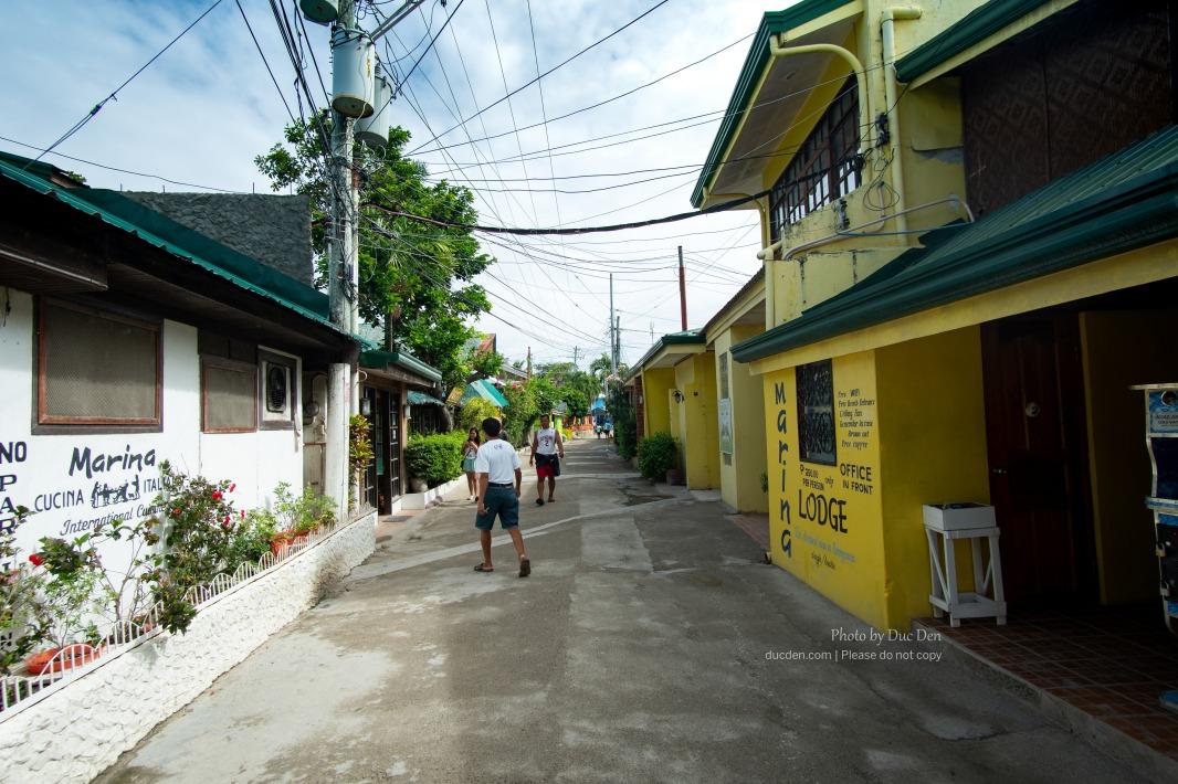 Một góc đường cạnh biển Panagsama