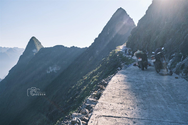 Đường đèo Mã Pí Lèng - best trong tứ đại đỉnh đèo